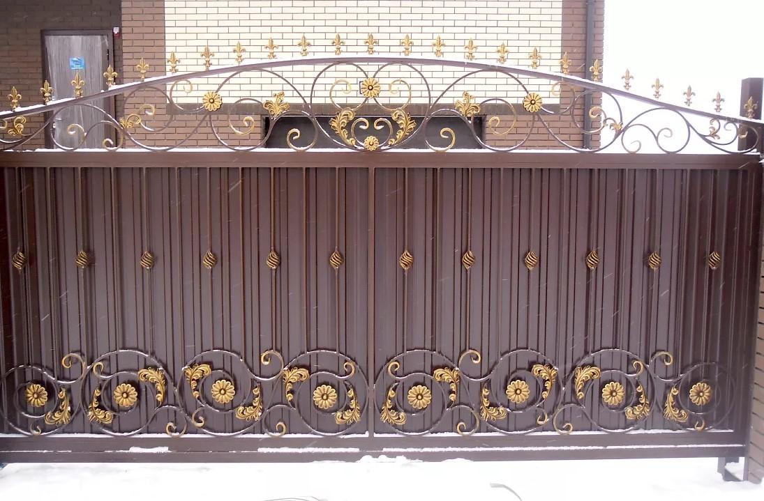 Закрытые кованые откатные ворота фото это разноплановая