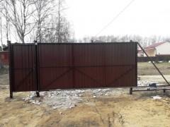 Откатные ворота 4*2м (рама 60*30, внутри 20*20) со встроенной калиткой